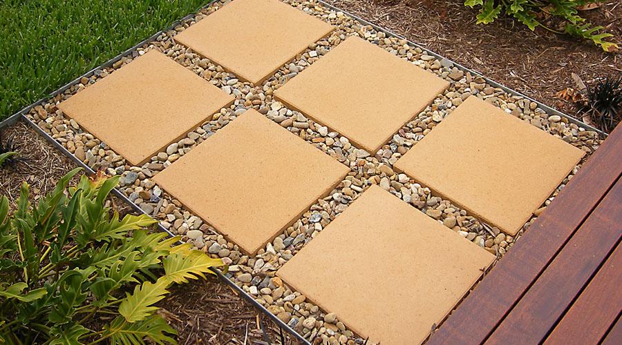 Galvanised_1_steel Turf Border Clean Uninterupted Lines In Garden