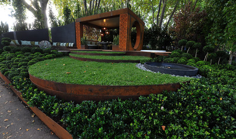 Corten Weathering Steel - galvanised garden edging from formboss