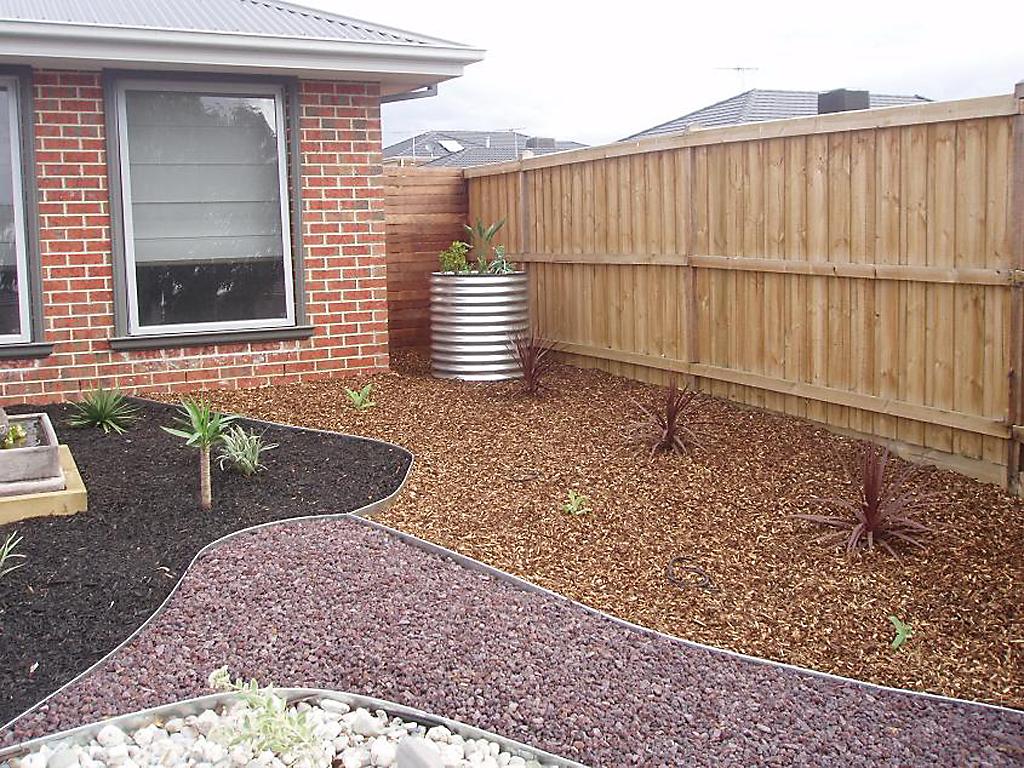 jason - garden edging | Metal Garden Edging | lawn edging | landscape edging |  garden design