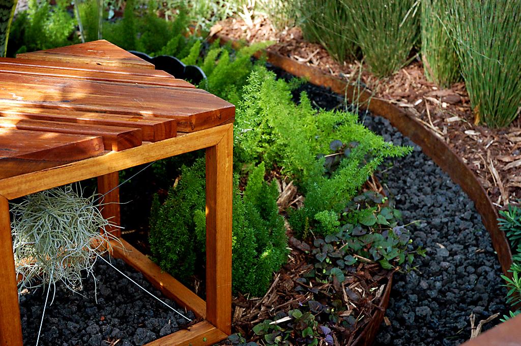 RossU Design - garden edging | Metal Garden Edging | lawn edging | landscape edging |  garden design
