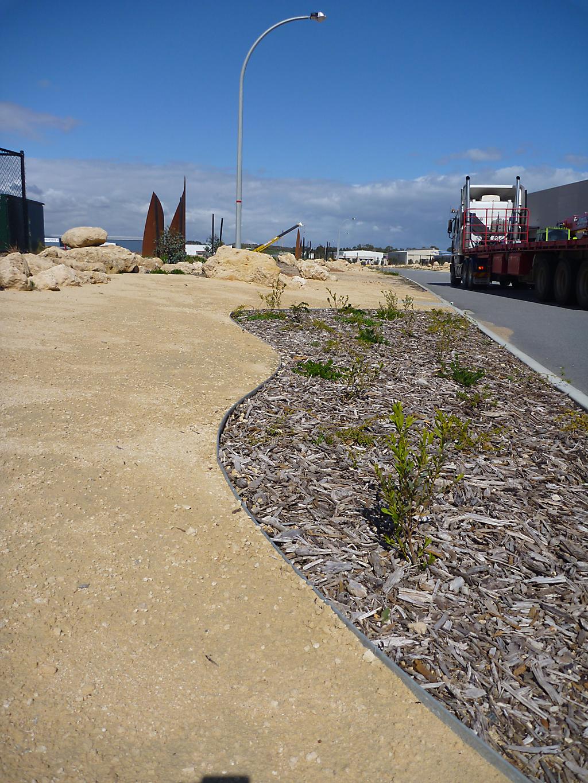 design_ideas_for_public_pathways_that_define_like_no_other_14 - garden edging | Metal Garden Edging | lawn edging | landscape edging |  garden design