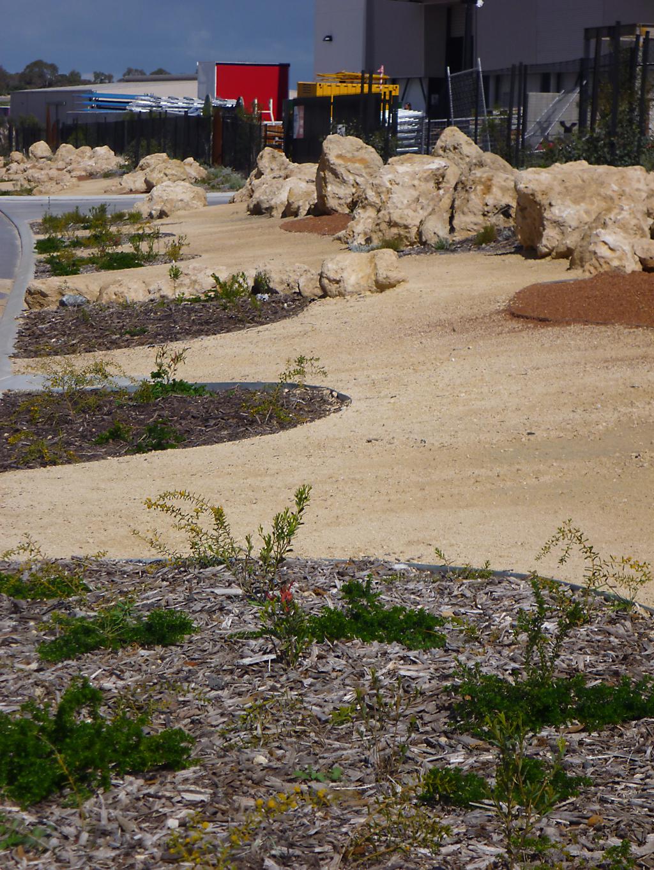 design_ideas_for_public_pathways_that_define_like_no_other_21 - garden edging | Metal Garden Edging | lawn edging | landscape edging |  garden design