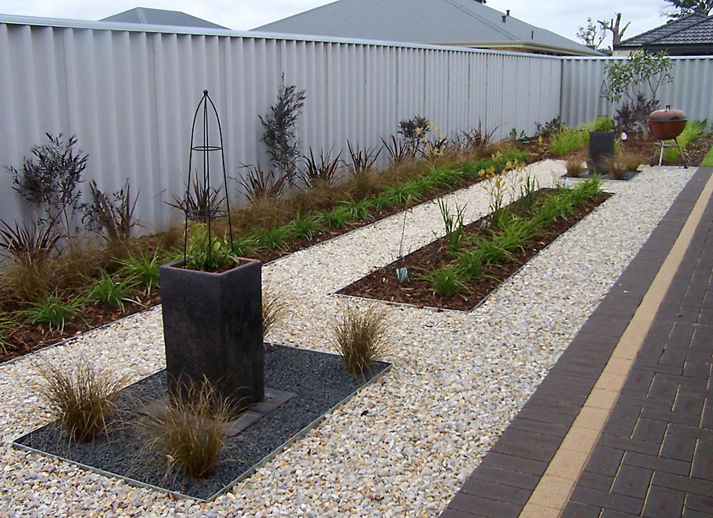 designer_landscape_transformation_with_steel_edging_4 - garden edging | Metal Garden Edging | lawn edging | landscape edging |  garden design